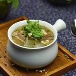 冬瓜薏米棒骨汤(电饭煲食谱)
