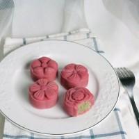 樱桃桃山皮绿豆月饼