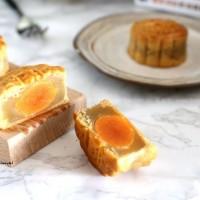 传统广式豆沙月饼,莲蓉蛋黄月饼,凤梨月饼