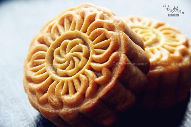 单黄白莲蓉月饼