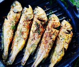 教您一招,用它清除鱼内脏,清爽干净,鱼身不破相