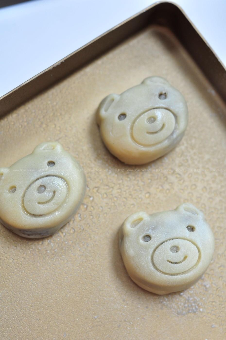 可爱熊仔月饼
