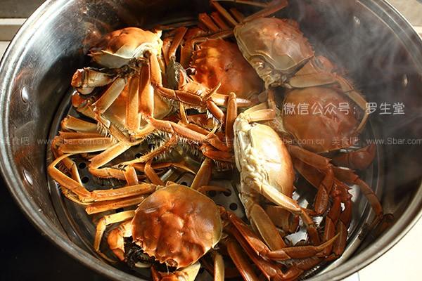 姜醋汁配清蒸螃蟹