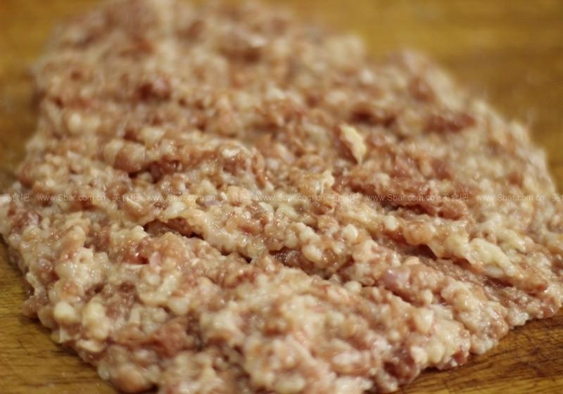 莲藕鸭肉饼