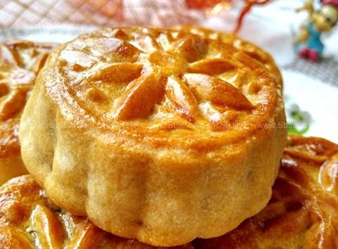 广式果干五仁月饼