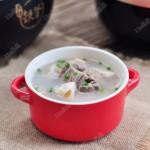 莲藕排骨汤(驱寒润燥)