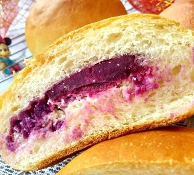 紫薯乳酪面包