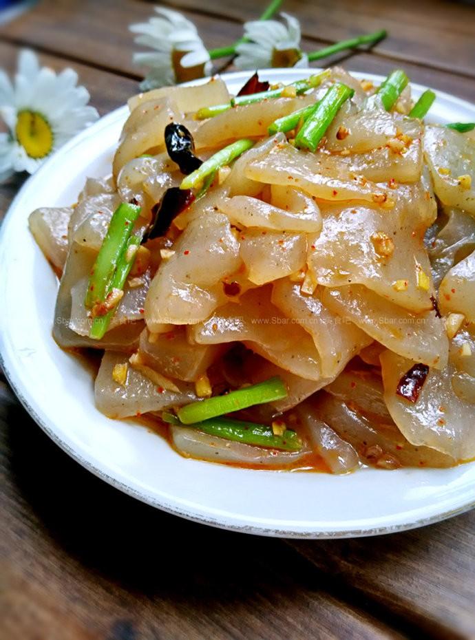 素炒魔芋豆腐的做法 素炒魔芋豆腐的家常做法 素炒魔芋豆腐怎么做
