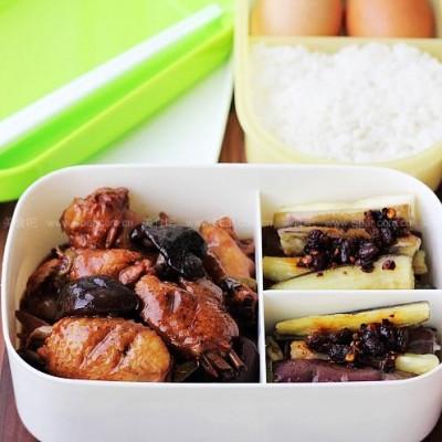 香菇鸡翅VS煎茄条盒饭菜谱(便当菜谱)