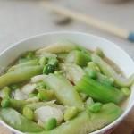 丝瓜炒毛豆(三伏天懒人必会的5分钟快手小炒菜谱)