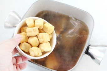 肉骨茶(東南亞經典肉骨茶制作全攻略)