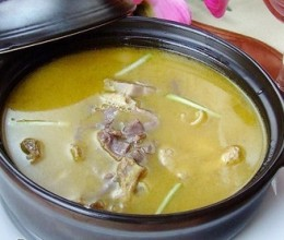 黄耆鸡腿汤