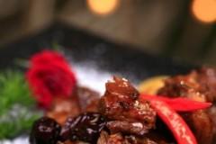 桂圆红枣烧排骨