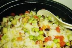 腊肉豌豆饭