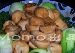 蚝油草菇扒菜胆