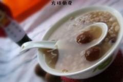 桂圆麦仁粥