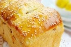 葡萄干蜂蜜吐司面包