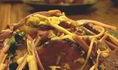 湘西腊肉炒厥菜