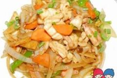 鱿鱼炒洋葱
