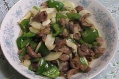 青椒茭白炒鸡肫