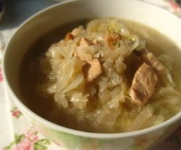 炖东北酸菜