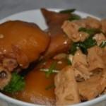 冰糖猪蹄炖豆腐