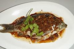 蒜末豉油蒸鱼
