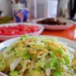 鸡蛋圆白菜炒粉丝