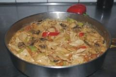 蘑菇煮里脊肉
