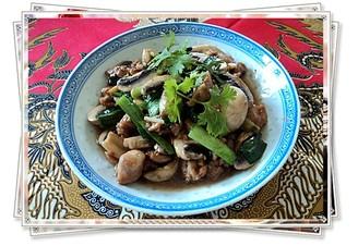 姜蒜炒滑鸡冬菇