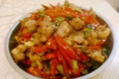 红辣椒炒鸡丁