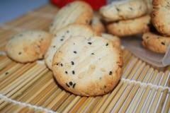 花生黑芝麻饼干