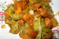 豆角土豆炖肉东北家常菜