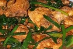 家常菜肴@@葱段炒沙茶鸡块