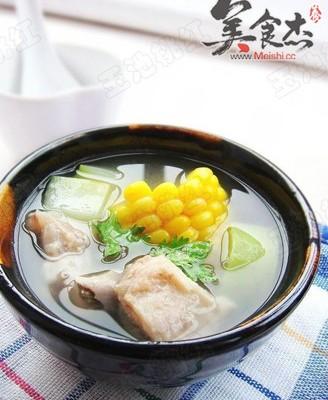 玉米葫芦瓜排骨汤