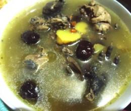 红枣乌鸡汤