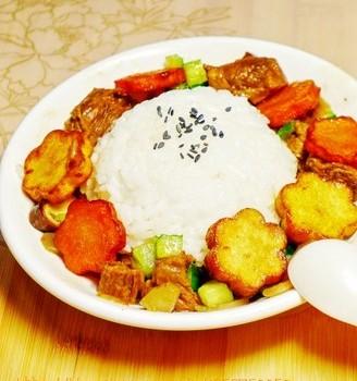 牛肉与咖喱真是绝配牛肉咖喱饭