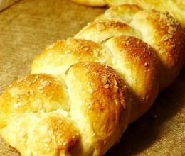 用鲜奶油做面包味道果然大不同鲜奶油辫子