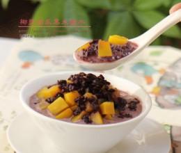椰浆南瓜黑米糖水—秋季养生的选择