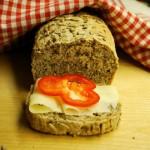 全麦亚麻籽面包