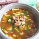 土豆腊肉炖火锅