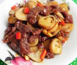 蚝油草菇滑炒牛肉