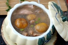 栗子母鸡汤