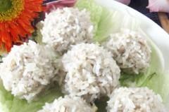 蛋黄糯米肉丸