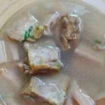 莲藕腊排骨汤