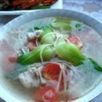 金针菇青菜西红柿靓汤