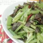 香芹炒腊牛肉