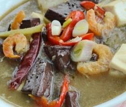 虾仁烩双色豆腐