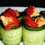 西红柿鸡蛋黄瓜卷