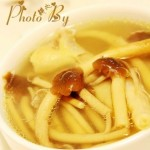 茶树菇炖鸡脚汤